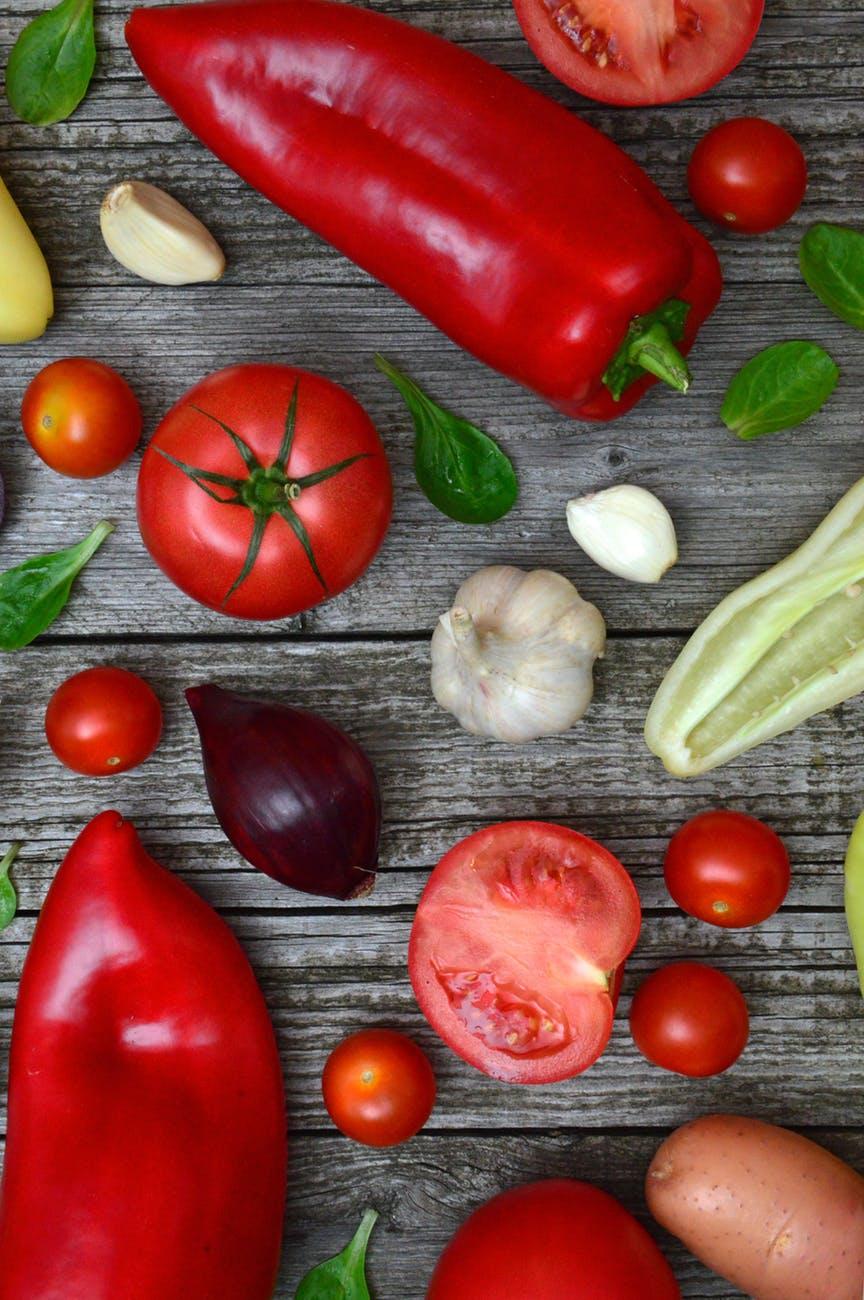 Przecier pomidorowy: łagodna i pikantna wersja.